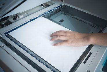 O que deve ser verificado durante a manutenção de um scanner?